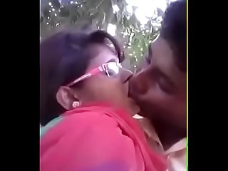 Bangla Desi kiss