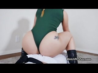Bubble butt cosplay blowjob