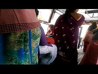 Big back Aunty in bus more visit indianvoyeur ml