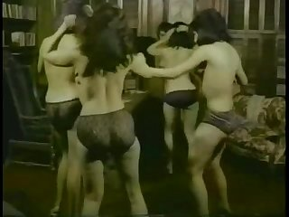 Vintage Indian Girls Showing Boobs - 69cambabies.com