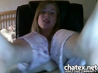 Teen 19yo shows feet very hot and beautiful teenie fetish toes homemade pijama young girl