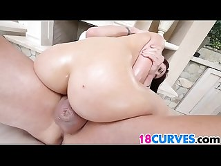 Mandy muse has the right curves