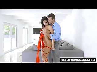 RealityKings - Monster Curves - A Gift For You