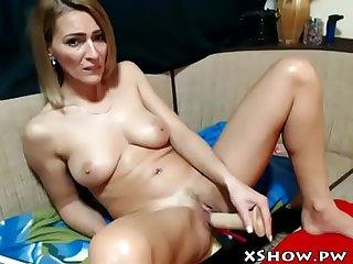Cute gorgeous milf orgasm on webcam show