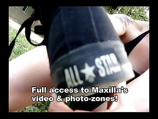 Smelly feet socks of maxine