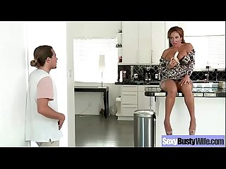 Busty Housewife (richelle ryan) Love Intercorse In Front Of Camera mov-27