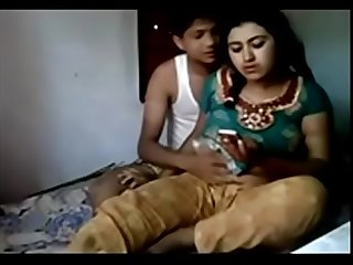 Desi lover fucking his horny girlfriend mp4