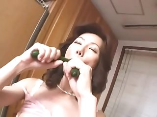 Mother Misuzu vegetables masturbation