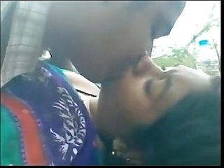 Bangladeshi Bhabi fucked outdoor jungle