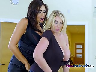 Lesbian stepmom gets freaky with her girlfriend