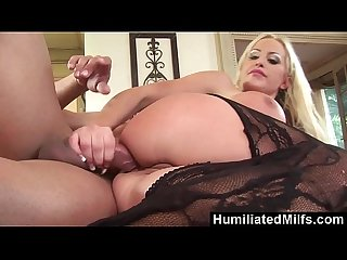 HumiliatedMilfs - Savannah Gold's Anal koolaid Squirting