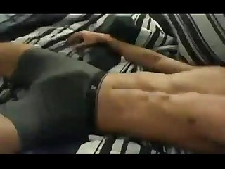 Leke sarado se masturbando