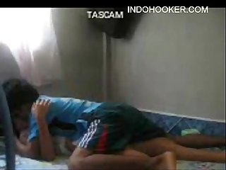 Indo hot girl amateur couple fucked at the lower deck