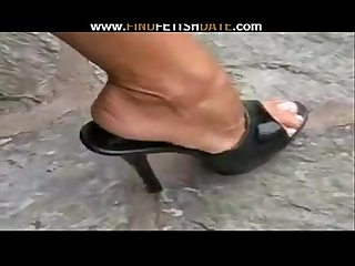 Black high heels & toes fetish