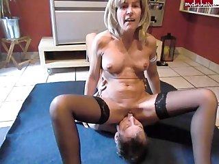 milf pee on slave