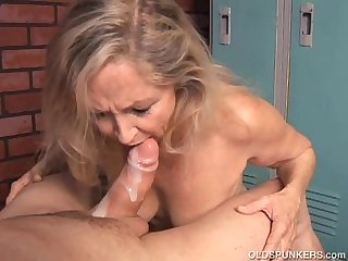 Hot milf fucked video