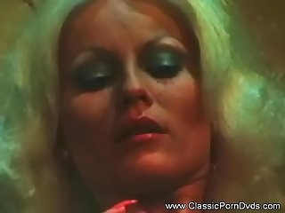 Mature MILF Vintage Sex Film