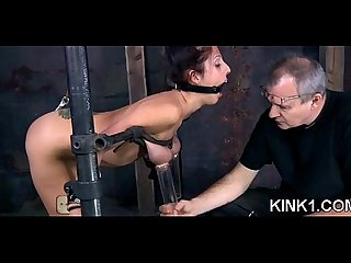 A spreader bar is all it takes to lay nyssa out and keep her legs opened wide