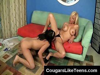 Hot young brunette finger fucks busty blonde cougar