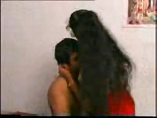 Andhraa house wife creamed 3
