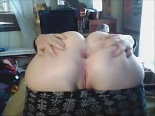 Chubby Teen spreads Ass for you more on amateurcamsluts net