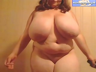 Huge tit amatuer massive boobs short lady