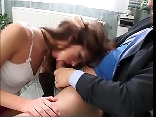 Slutty young girl buggered in the Toilet