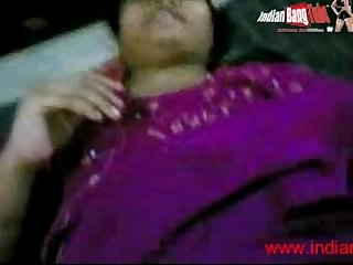 Desi housewife fucking hard indianbangtube period com