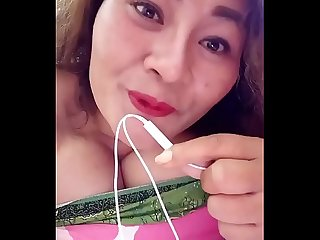 Thai aunty seducing