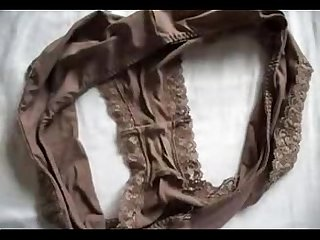 Cum on Marya´s dirty panties
