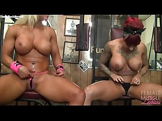 Naked Female Bodybuilder Muscle Lesbians in the Gym