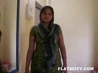 Housewife in salwar removing and getting naked in bed