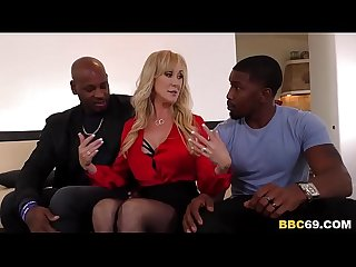 Busty MILF Brandi Love Wants BBC In Her Holes