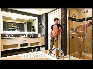 ShowerBait House Kreeping SHOWER FUCK