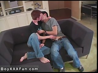 Hot twink scene Andy & Niki commence off with a sizzling frenching
