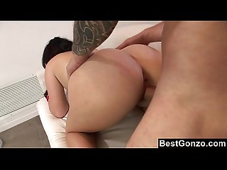 Rocker chick gets a load of jizz on her ass