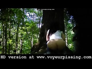 www.voyeurpissing.com - Voyeur outdoor camera films girls pissing in public