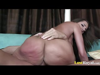 Pretty kelly divine can get very loud