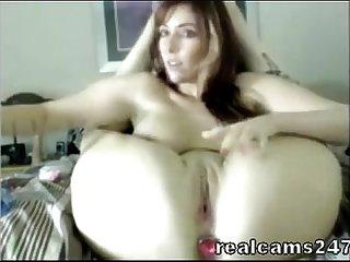 Busty hot cam model masturbate
