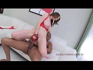 Lucie wilde 3 vs 1