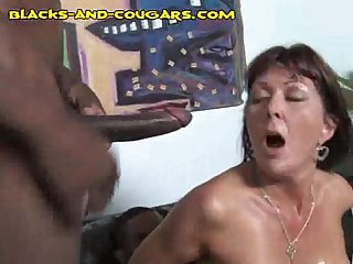 Black duo stuffs hot cougar