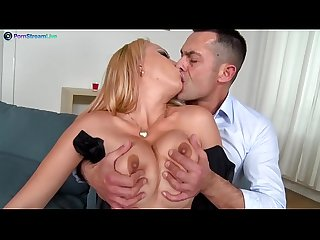Stunning electra wild wants her partner S cock goes in and out of her asshole