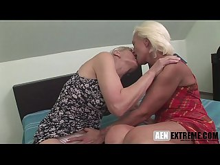Lesbian mature Videos