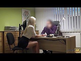 Loan4k niente patente ma sesso con l agente dei prestiti