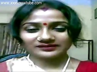 Bengali wife removing Saree and blouse in front of camera xxxsexxxtube com