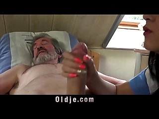 Teen nurse lady dee fuck treatment for sick old patient