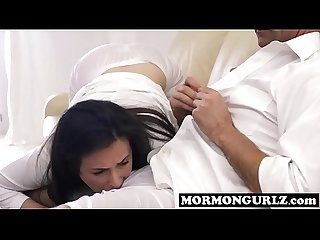 Submissive mormongurl has to please her master