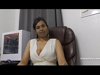 Mama s indyjski przyjaciel hornylily flirts and pees on her majtki for you pov