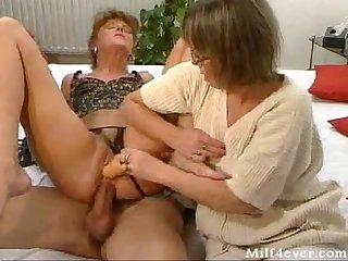 Oma sex