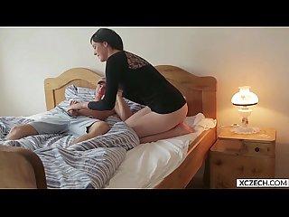 Neighbour help bohunka Nesty tittyholes xczech com